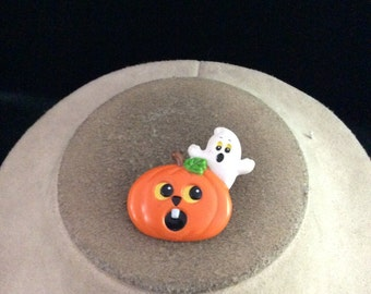 Vintage Halloween Signed Russ Ghost In Pumpkin Pin