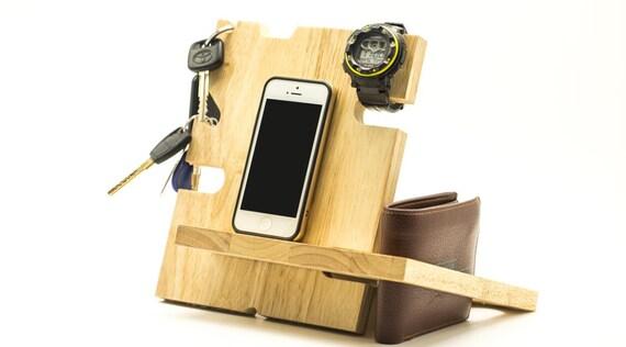 docking stationen jahrestag geschenke brautf hrer geschenk. Black Bedroom Furniture Sets. Home Design Ideas