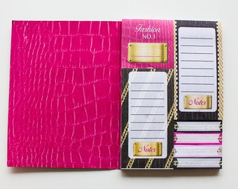 sticky notes booklet in pink and black theme color