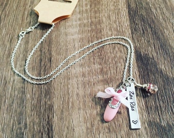 Ballet slipper hand stamped necklace / Pink bead charm / Ballet jewelry / Ballerina charm necklace / Custom name jewelry / Dance necklace