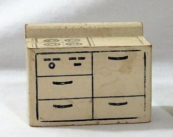 Strombecker Wood Dollhouse White Stove, Dollhouse Furniture, Miniature Furniture,  Vintage 1930s