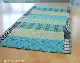 Quilted Table Runner, Reversible, Green Table Runner, Teal Table Runner, Modern Table Runner, Teal Centerpiece, Modern Decor