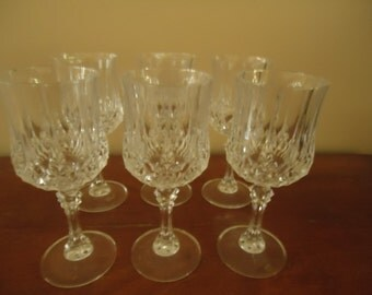 Crystal-Cut Wine Glass Goblet Stemware Beveled 8 oz Set of Six