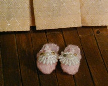 1:12 Miniature Slippers Victorian Shoes Mini Footwear Vintage Dollhouse Fashion Dolls Women's Accessories Pink Fluffy Jewelled Beaded Lace