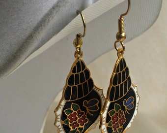 VINTAGE ORIENTAL EARRINGS