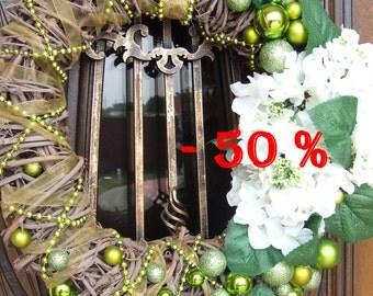 SALE 50 %  Cyber Monday Christmas wreath, wreath for door, front door wreath, Winter Hydrangea wreath, Outdoor Christmas Decorations