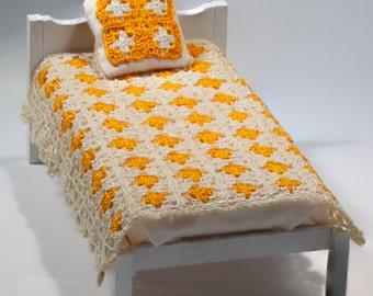 Dollhouse Bedspread Miniature Afghan Miniature Crochet Covered Granny squares Dollshouse Crochet One inch scale Handmade Pillow offer
