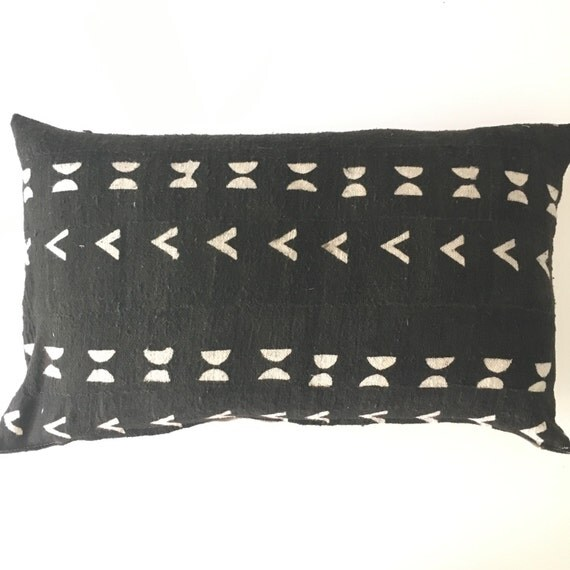 vintage african mudcloth black and white lumbar pillow. Black Bedroom Furniture Sets. Home Design Ideas
