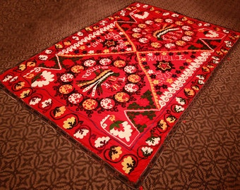 Handmade Colorful Suzani Bedspread - Table Cover -Vintage - Free Shipping -  size is 7,6 feet x 5,0 feet ( 233 cm x 153 cm )