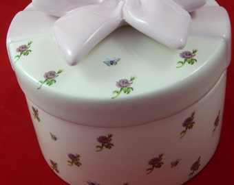 Vintage Porcelain Trinket Box