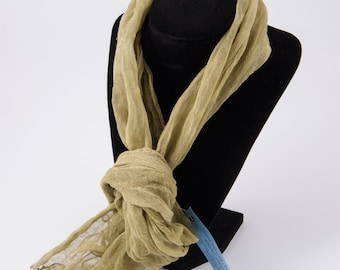 Cotton scarf dyed with natural ingredients