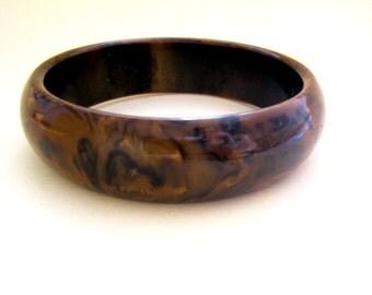 Vintage marbled brown bakelite bracelet, 1940