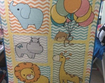 Happy animals cot quilt