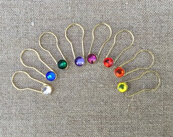 Crystaletts Pins 16 Jeweled Gold Locking Stitch Markers, Gold Coiless Safety Pins Crystal Safety Pins Jeweled Knit Markers Crochet Markers