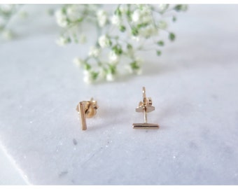Tiny Gold Bar Studs, Minimal Earrings, Chic, Bar Earrings, Gold Bar Earrings, Modern Jewelry, Post Earrings