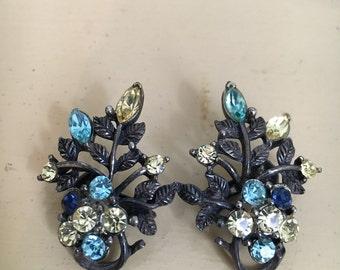 1930's Coro clip on earrings / vintage 1930's earrings / 1930's earrings