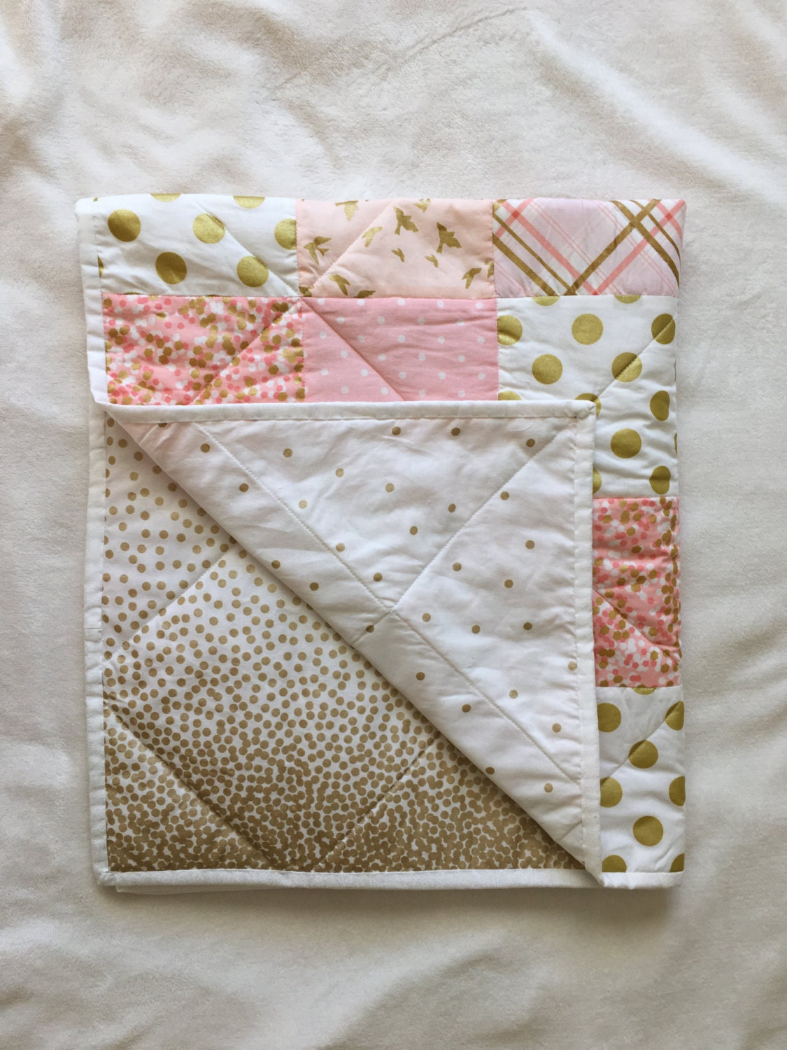Baby blanket modern baby quilt girl pink gold white - Colchas cuna patchwork ...