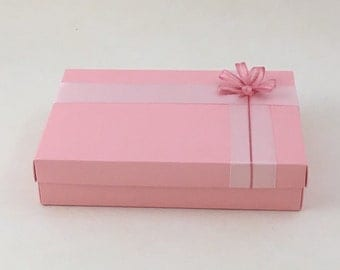 New baby giftbox/hamper