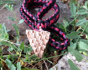 Pink/black large textured shard