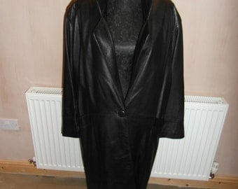 Ladies Full Length Leather Coat.   UK SHIPPING ONLY.