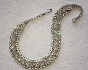 Vintage Rhinestone geometric collar necklace
