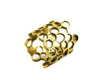 Long Honeycomb Ring