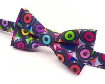 Music Bow tie, Bow tie with Records, Vinyl Record, Music Lover Bow tie, Colourful Bow tie, DJ Bow tie, Retro Bow tie, Pre-tied Bow tie
