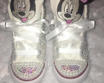 Minnie Mouse Converse
