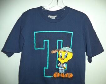 Tweety Bird t shirt// Warner brothers 1995// Vintage Signet Sportswear cartoon graphic comic  tees// Unisex size small medium