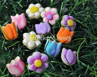 Mini Flower  Cookies - 1 Dozen - decorated sugar cookies- summer -spring - cute - garden party - gift -friend - family - favor