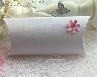 Set of 10 Pillow Boxes