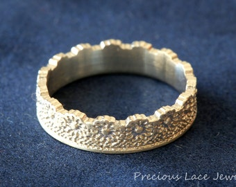 Silver Crown Ring, Unique Crown Ring with Flower Lace Texture, Crown Wedding Ring, Crown Wedding Band, Silver Lace Ring, Ring for a Queen