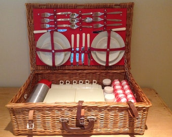 Vintage Brexton Wicker Picnic Trunk Basket Set for 6 England 1950s