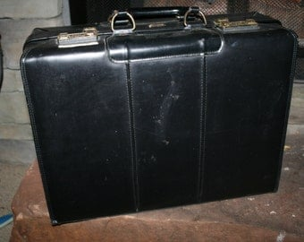 Vintage STARCO Leather Briefcase/Suitcase/Luggage
