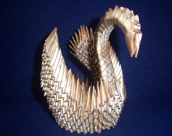 3D origami Swan (gold-plated)