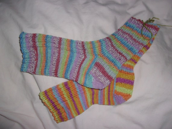 Knitting Pattern For Pedicure Socks : Hand knit pedicure socks