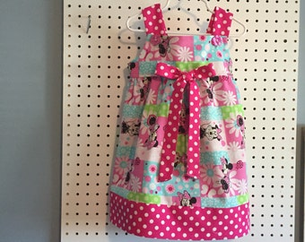 Pink polka dot Minnie Mouse dress size 2T, 3T