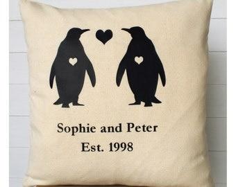 Penguin Valentine Cushion