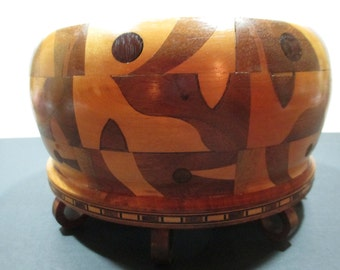 INLAID WOODEN BOWL