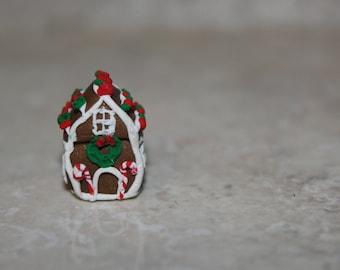 Miniature Gingerbread house ~ Charm ~ Ornament ~ Dollhouse ~ Polymer clay