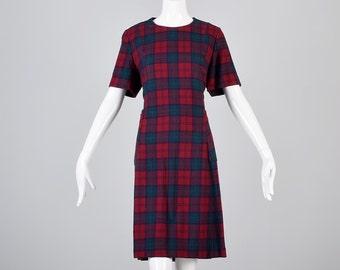 Large 1960s Dress 60s Shift Dress Mod Short Sleeve Tartan Plaid Wool Shift Dress GoGo Scooter Fall Dress Casual Day Dress Woman Vintage