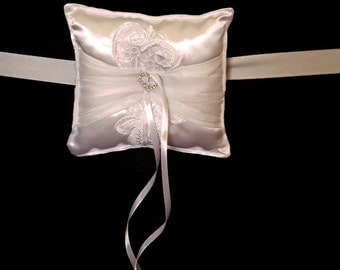 Ring Pillow for dogs at wedding ceremonies