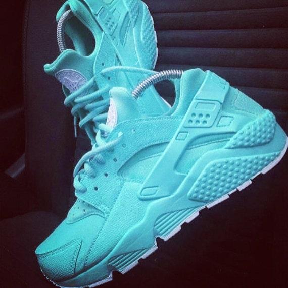 Huarache Tennis Shoes