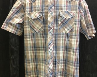 Wrangler,plaid,  short sleeve, western shirt, pearl snaps, extra long tails, size Large.FREE SHIPPING