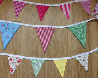 Fabric Bunting (small flags, pink)
