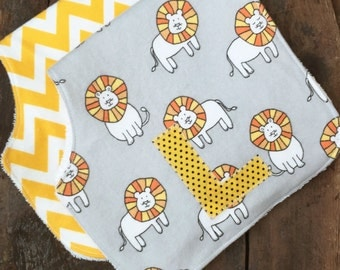 Personalized boy burp cloth-Boy burp clothes-Custom-Burp rags-Monogrammed-Lion burp cloth-Flannel-Personalized Baby shower gift-newborn gift