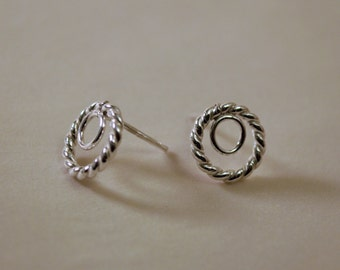 Small Hoop Stud Earrings with Twisted Rope Detail