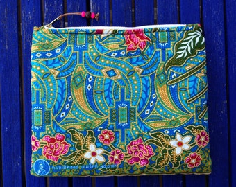 Zipper pouch, cosmetic bag, makeup bag, Clutch Bag, travel, made in Spain