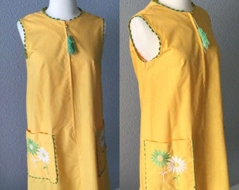 1970's Floral Embroidered Yellow and Green Shift Dress