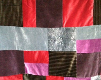 Quilt for single bed in Velvet